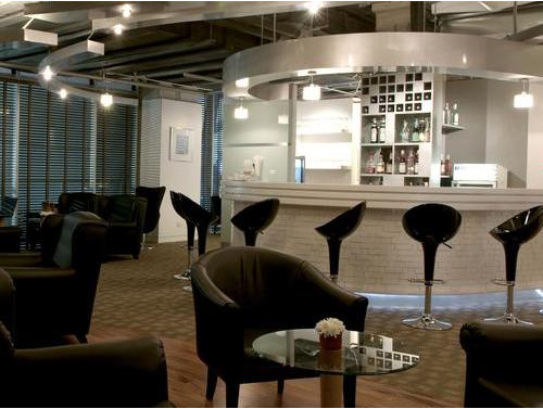 You can access Louis' Tavern CIP First Class Lounge In BKK with Lounge Club