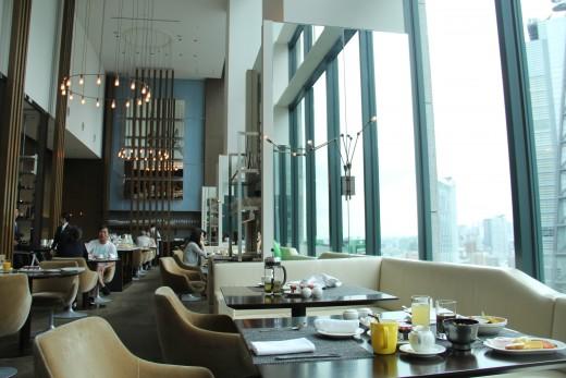 hotel_review_tokyo_hilton_conrad