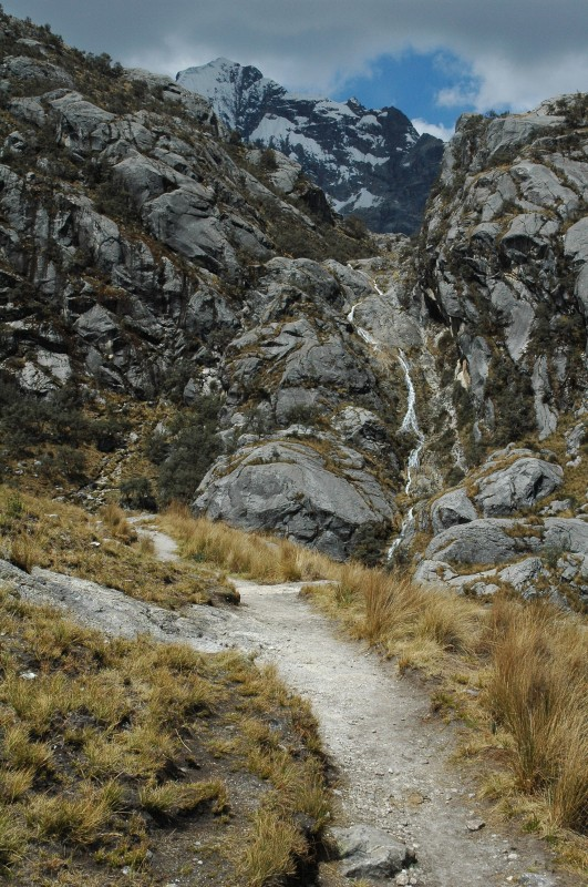 hike laguna churup peru