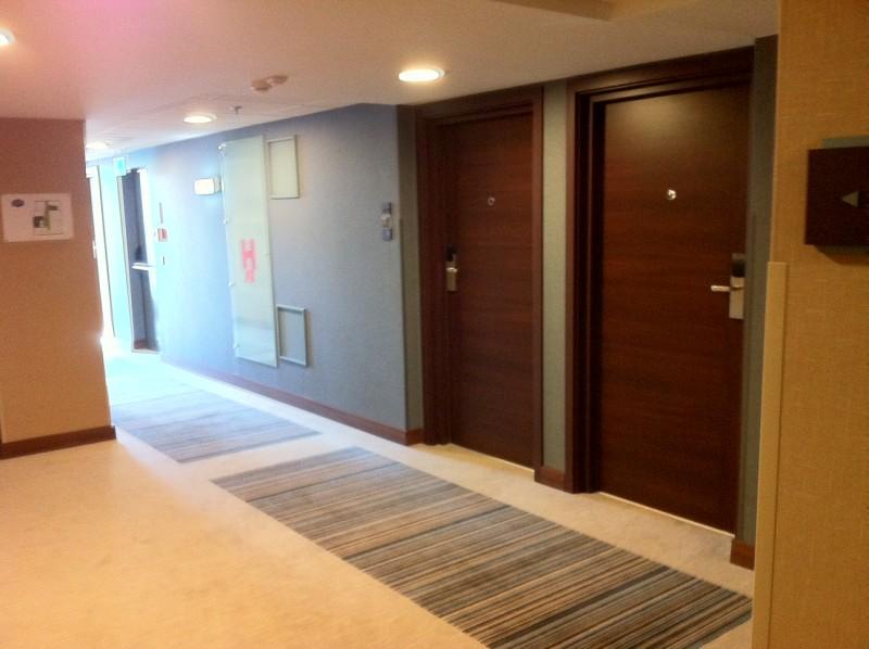 The hallway on the 7th floor