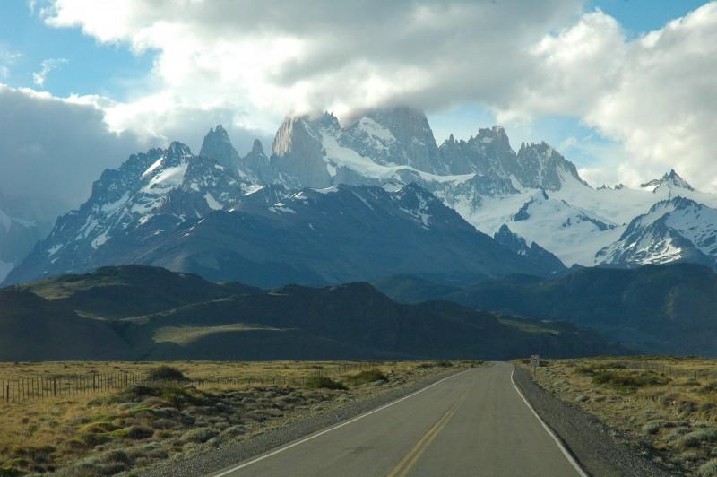Driving towards El Chalten, Argentina