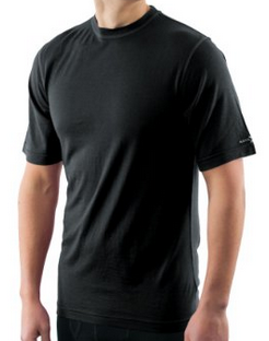 best-merino-wool-t-shirts-for-travel-why-its-the-ideal-fabric-05